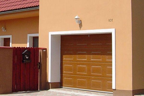 garazova-vrata-m3F2FC3AA-82E9-B422-357B-1999F560F147.jpg